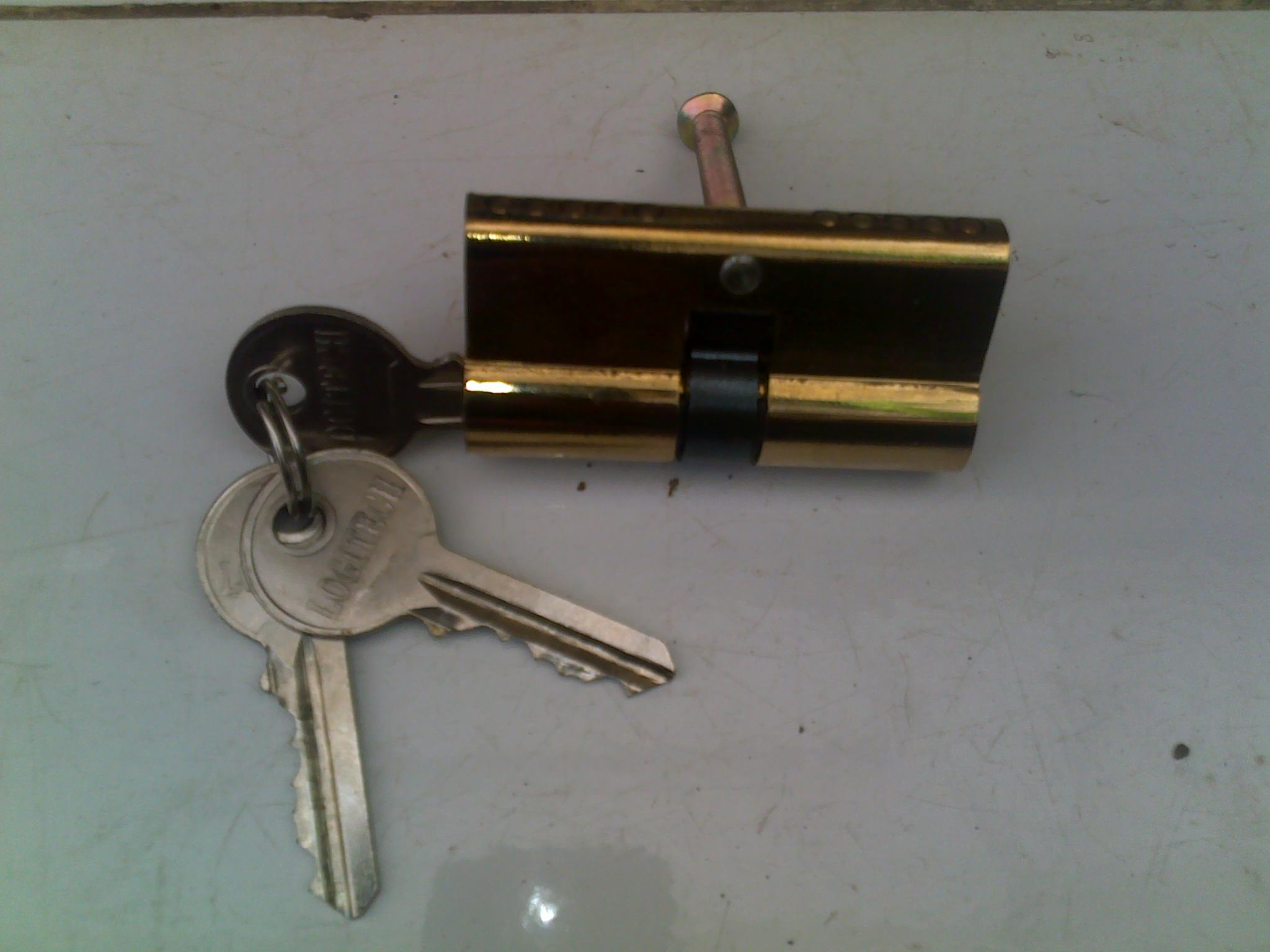 Cylinder kunci Merek Longitec